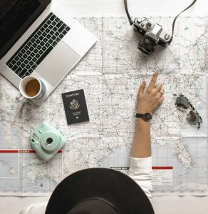 Comment voyager pendant le confinement ? Les 8 meilleurs blogs de voyages