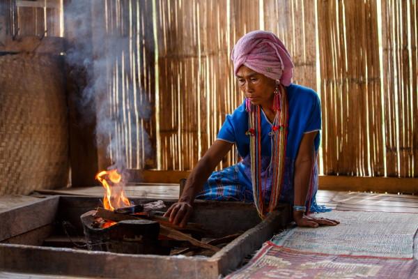 une maison traditionnelle dans le village Karen