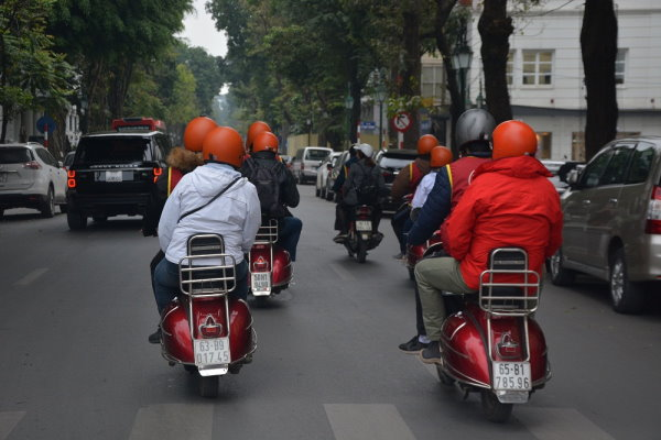 moto-taxi rouge